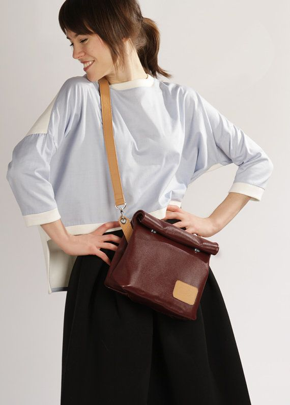 Handmade Leather Crossbody Bag Chandler Bordo by A-Rada