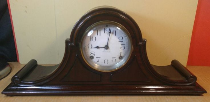 Ingraham  Antique Mantle Clock Made in USA - untested -