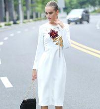 Европейский Новый 2016 женщины зимняя мода О шеи блестками Аппликации Вышивка 3D Роуз золотой Урожай Цветок цветочные платья с длинным рукавом(China (Mainland))