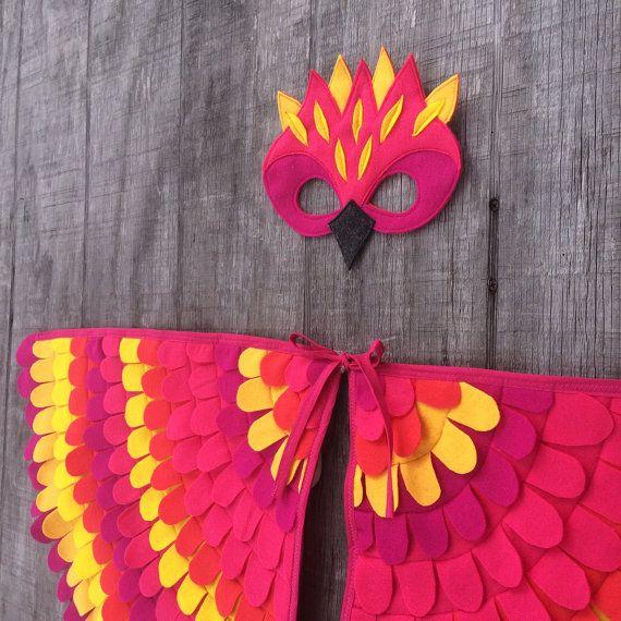 Costume de perroquet magique : Ailes et masque / / par TreeAndVine