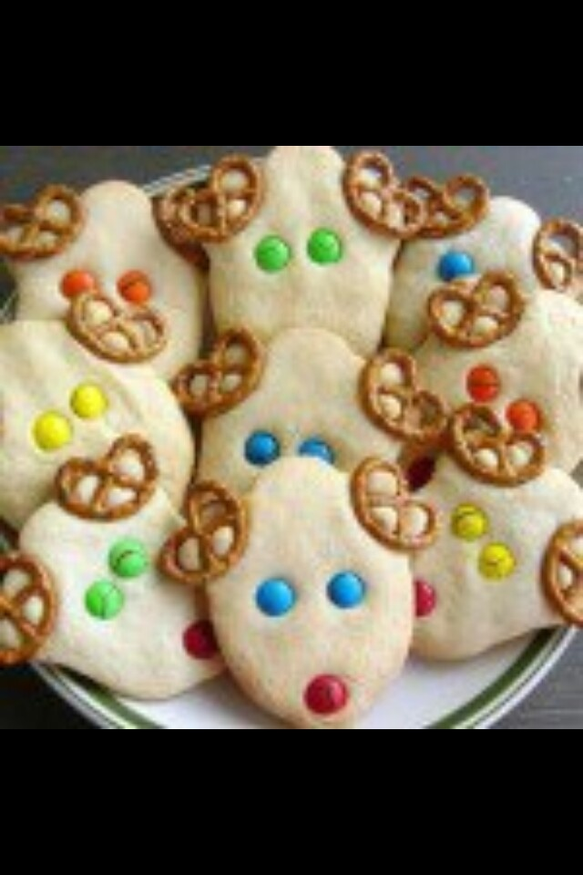 I need all the little people (kids) in my life to come over and were making these!!!!!!!!!!!!!!