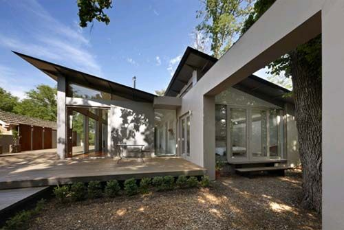 A skillion shed or lean to roof is a single sloping roof for Dynamic house