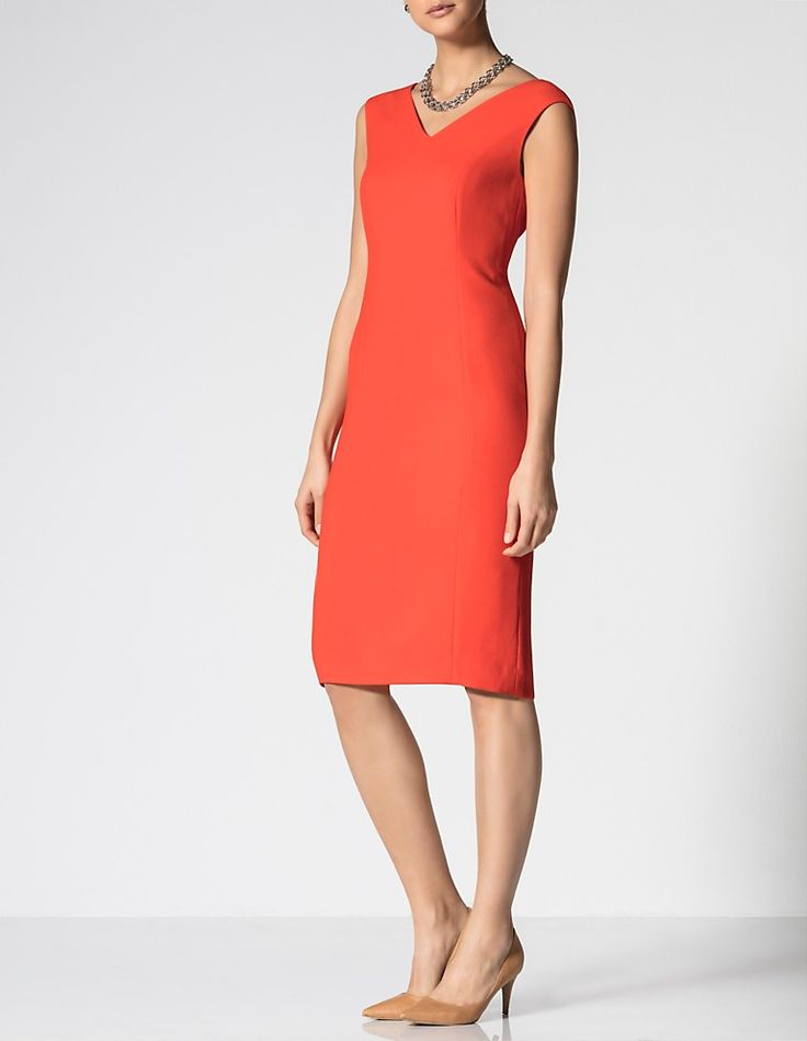 Textured crepe dress, bell pepper, red | MADELEINE Fashion