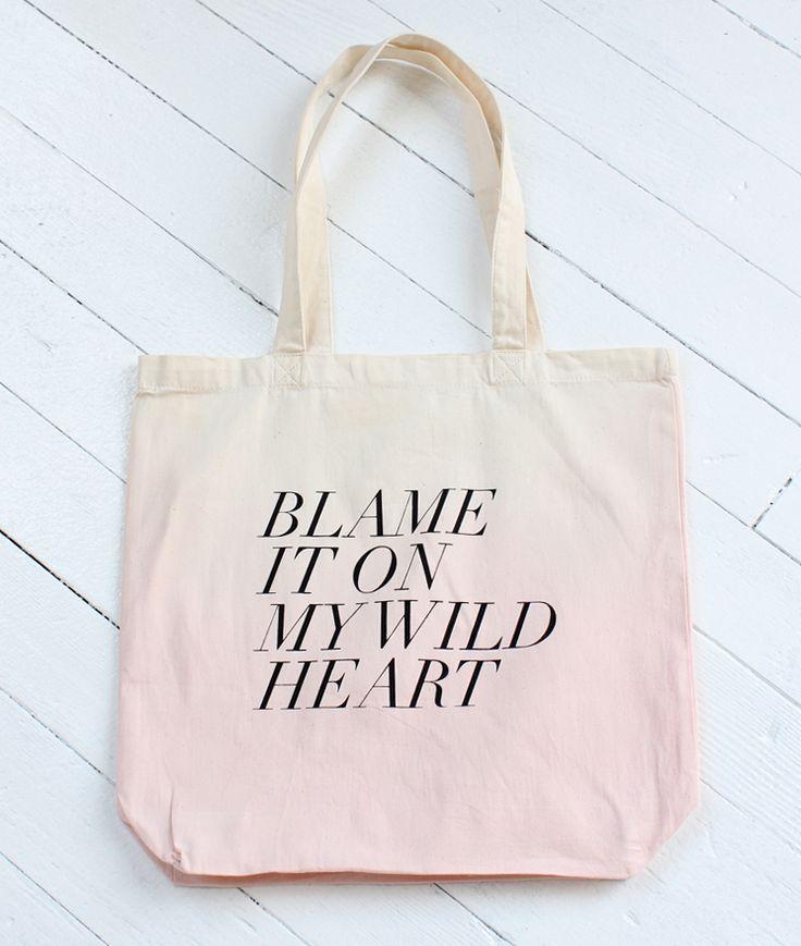 Statement Bag - happiness in heart by VIDA VIDA t8eFuCHe