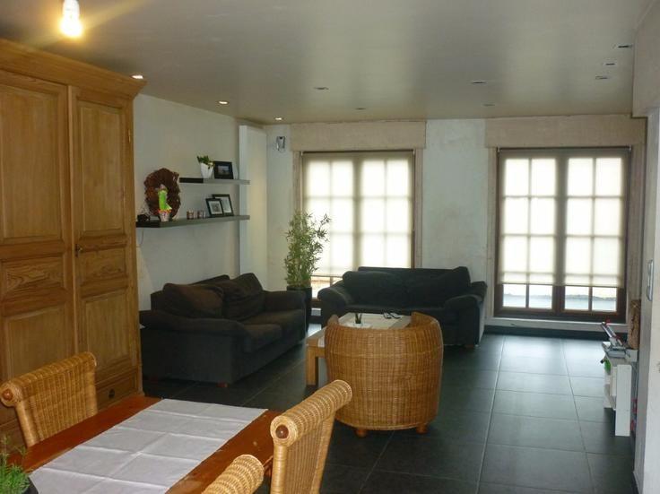 Te koop - Huis 2 slaapkamer(s)   - Deze woning omvat een inkom, toilet, ruime living, mooie ingerichte keuken (Vervan), kelder, wasplaats, berging, garage en een ruime terras met tuinbe  - dubbel glas    1 toilet(ten) -  - eetkamer