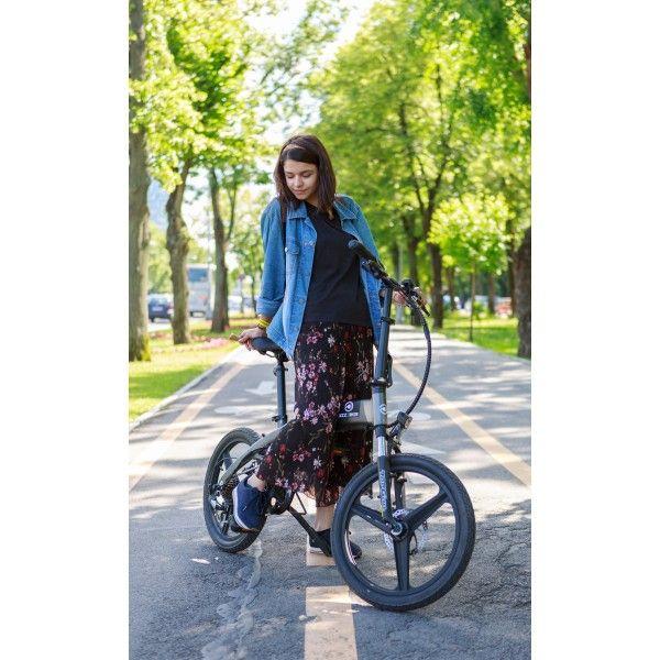 Bizze Foldable V1 // Electric Folding Bike by BizzOnWheels