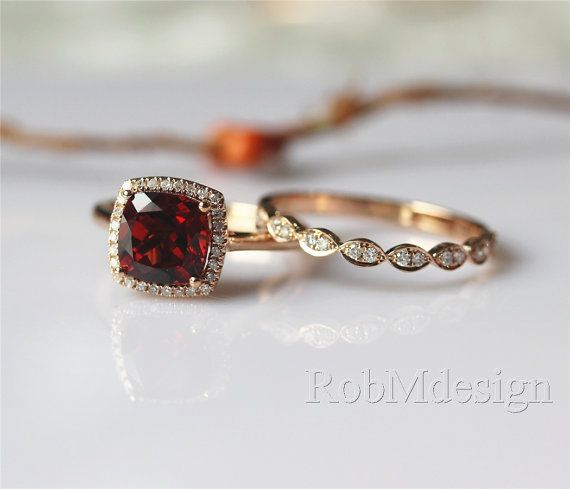 2PCS 14k Rose Gold Engagement Ring Set 8mm Cushion Cut VS Garnet Ring Diamond Halo Engagement Ring Art Deco Wedding Ring Gemstone Ring Set