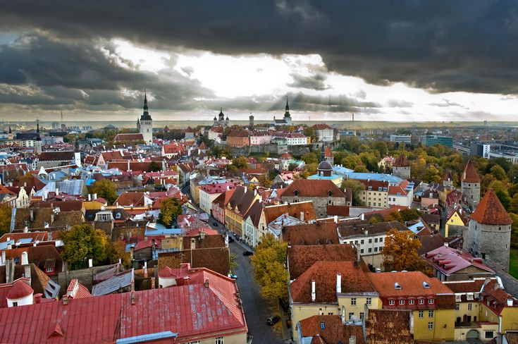 Pro-Western party retains power in Estonia