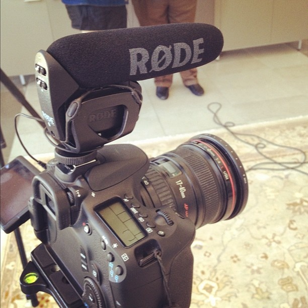 kendrickdisch - Testing out the rode video mic pro