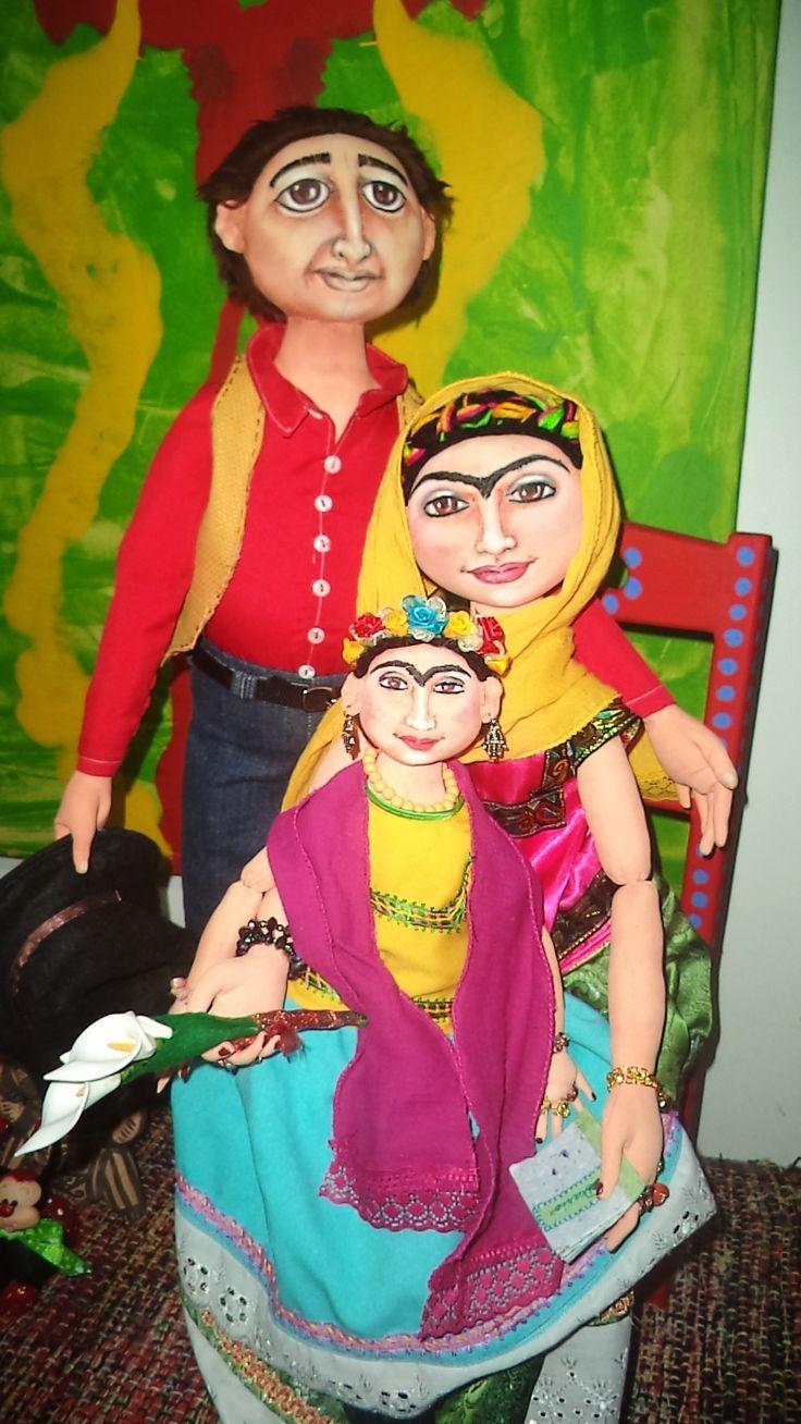 Diego, Frida and the little Frida. Elsa Sanguino. 2015