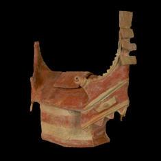 Recipiente para ofrendas en forma de templo. Cerámica Tumaco, 500 a.C. - 300 d.C. El Rosario, Tumaco, Nariño. 34 x 34 x 15,5 cm / Container Pottery 500 b.C. - A.D. 300 El Rosario, Tumaco, Nariño