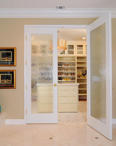 french doors with obscure glass into walk in closet home sweet home pinterest traditional. Black Bedroom Furniture Sets. Home Design Ideas
