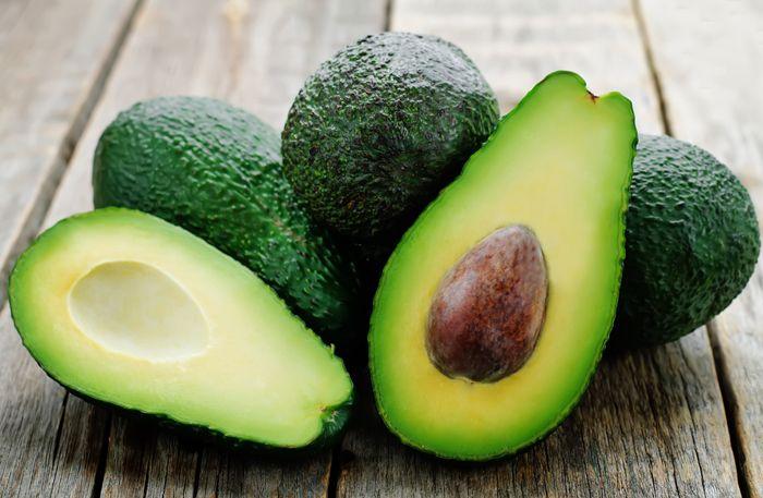 Så får du en avokado att mogna snabbare (+ så gör du guacamole på en hård avokado)
