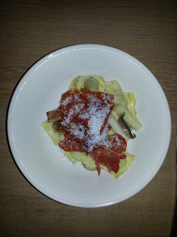 Ravioli asperges gebakken Parma