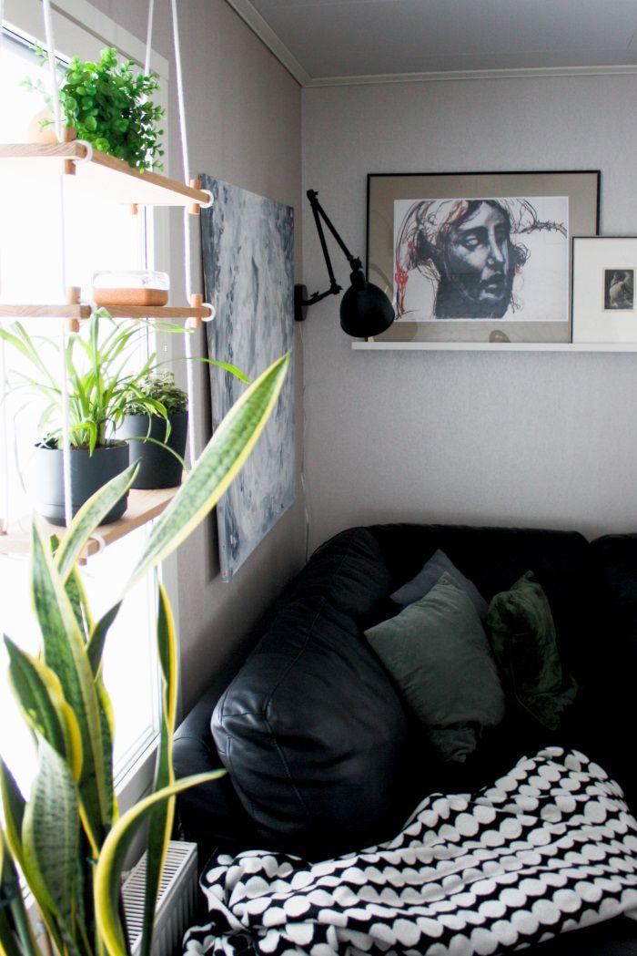 Sisustuspainotteinen blogi skandinaavisella otteella. Mukana ruokajuttuja ja kaikenlaista värkkäilyä DIY-hengessä.