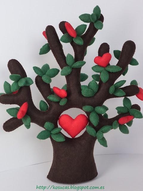 Felt love tree by Kosucas