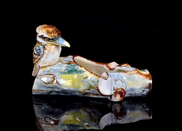 A Newtone pottery NSW kookaburra trough vase c.1940, by daisy… - Newtone Pottery - Ceramics - Carter's Price Guide to Antiques and Collectables