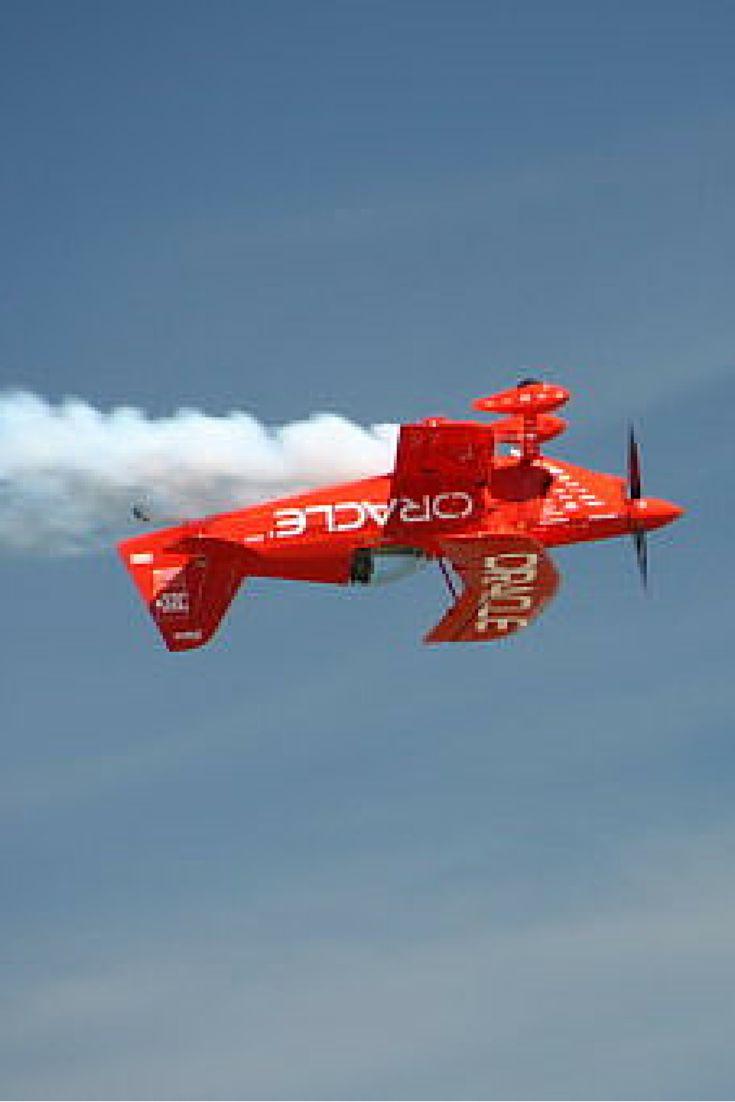 Akrobacje, F-16 i wyścig samolotu z ciężarówką. Pokazy lotnicze w Nowej Anglii okiem Reportera 24! http://kontakt24.tvn24.pl/najnowsze/akrobacje-f-16-i-wyscig-samolotu-z-ciezarowka-pokazy-lotnicze-w-nowej-anglii-okiem-reportera-24,170296.html