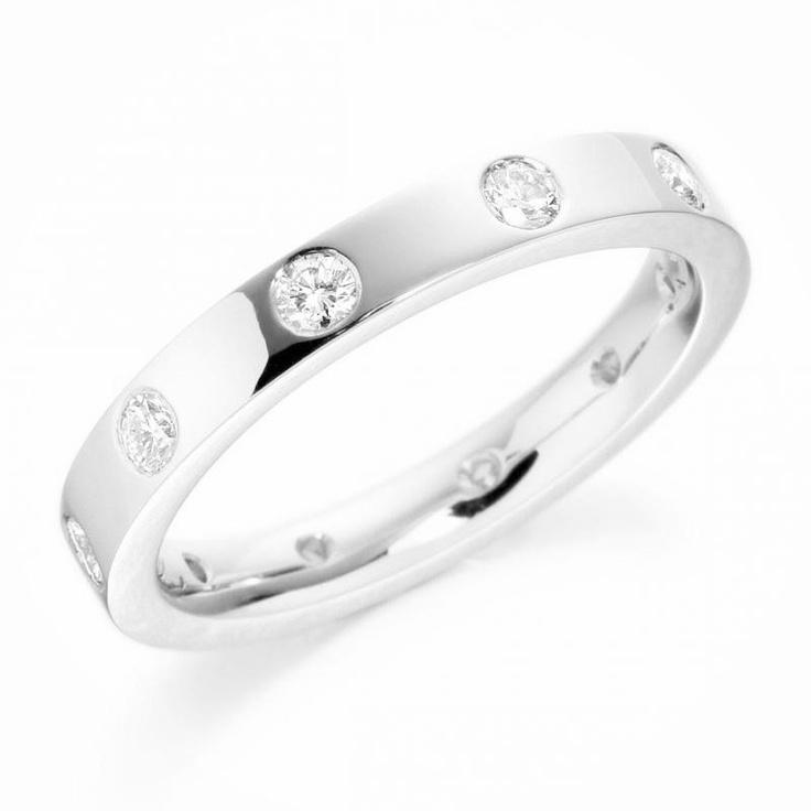 Palladium Classic Diamond Flat Court 3mm High Street Price: £999.00 Eternal Wedding Rings price £549.00