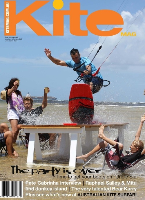 Chris Wardell on the cover of Aussie Kite Magazine.