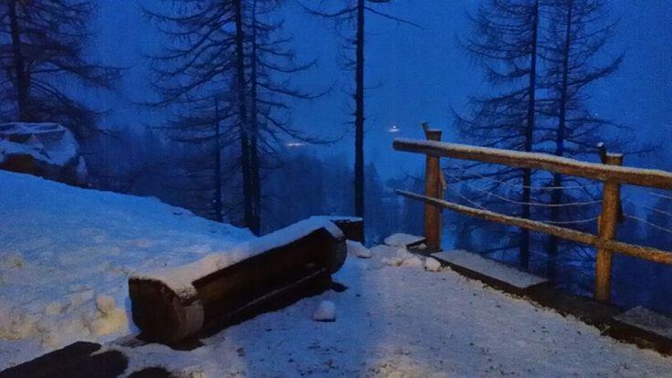 Nevicata all'imbrunire