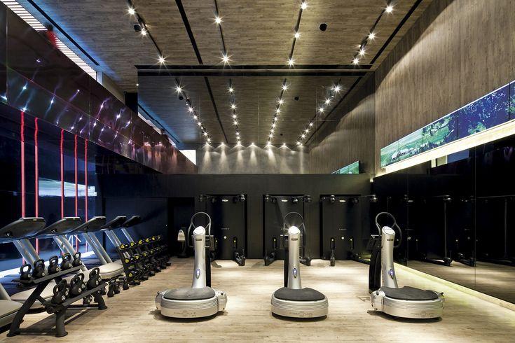 Galeria de academia fit2you basiches arquitetos for Gimnasio 7 de fitness badalona