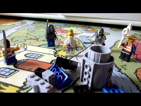 Le Vase de Soissons - short video in easy to understand French acted out with Legos.