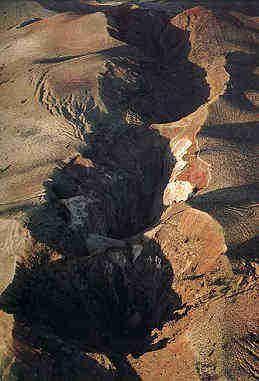 Mt Tarawera - the rift after the eruption