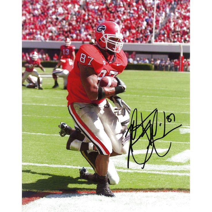 "Martrez Milner Georgia Bulldogs Fanatics Authentic Autographed 8"" x 10"" Scoring Touchdown Photograph - $15.99"