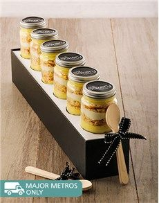 Confectionary Cakes and Cupcakes: 6 Lemon Whizz Cupcakes in a Jar!