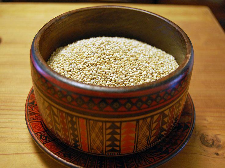 キヌアは南米アンデス地方で栽培され、引き継がれてきた雑穀。栄養価の高さとバランスのよさから、年々知名度が高まり、NASAでも宇宙食として絶賛されました。そんなキヌアの茹で方と保存方法をご紹介します。