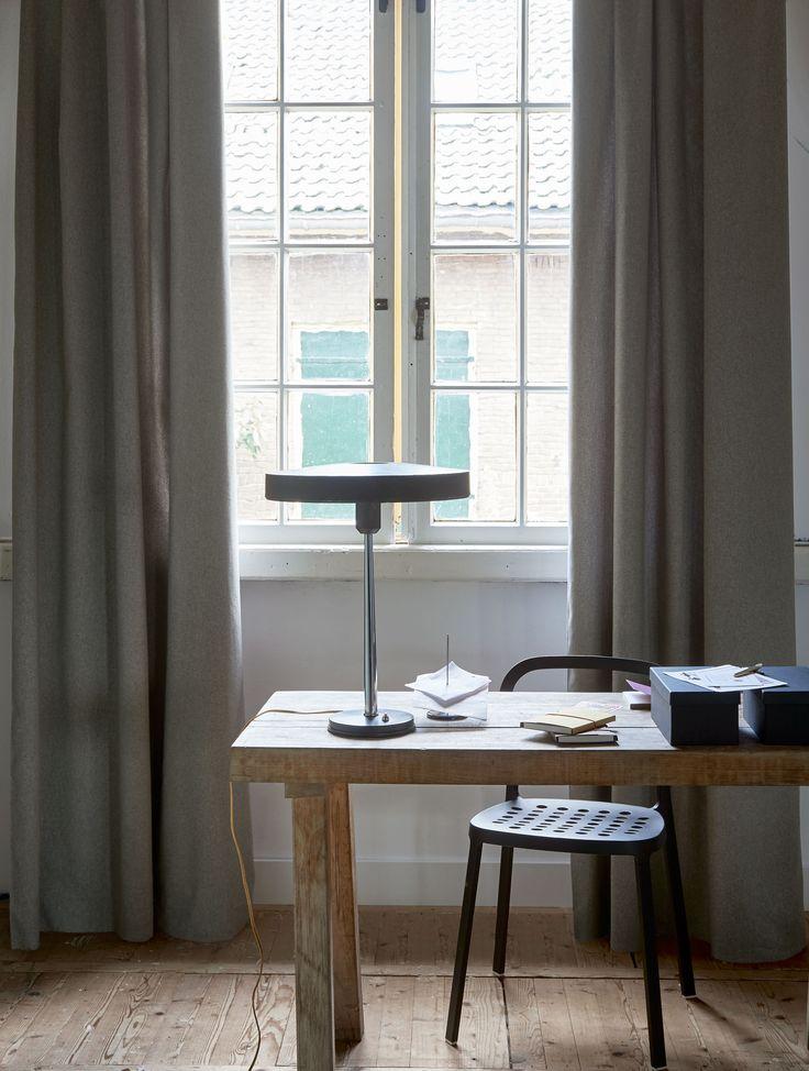 Simply workroom with long curtains   Photographer Dennis Brandsma, Alexander van Berge   Styling Fietje Bruijn   vtwonen catalog autumn 2015   #vtwonencollectie