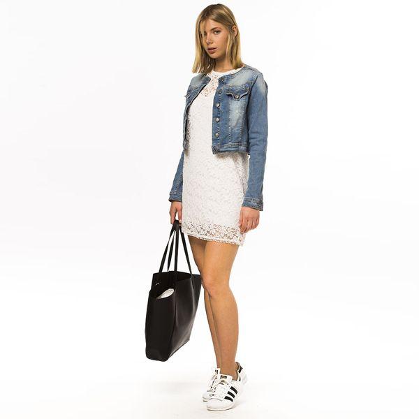 Shop online the denim jacket here http://iamstores.com/prodotto/giubbino-denim/