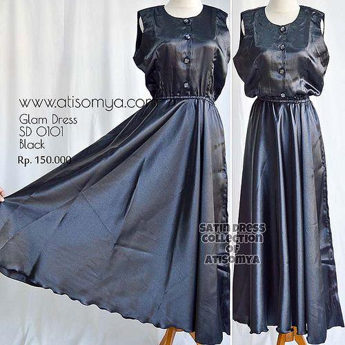 Glam Dress : Baju Muslimah yang Glamour dari bahan Kain Satin. Ukuran Allsize fit to xl Length : 135cm Price : Rp. 150.000