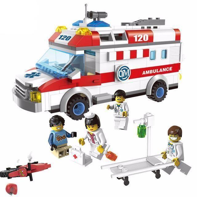 Brick Minifigure Ambulance Set