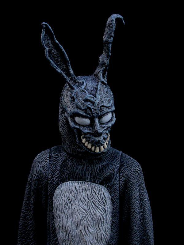 Donnie Darko - Frank.the.Bunny - by frogDNA