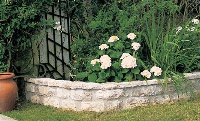 Tutoriel : une bordure maçonnée au jardin