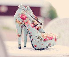 shoesFashion, Floral Prints, Highheels, Flower Prints, Blue Shoes, Pump, High Heels, Floral Heels, Floral Shoes