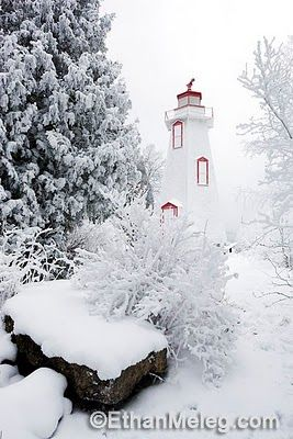 BigTub Lighthouse Ontario, Canada.I want to go see this place one day.Please check out my website thanks. www.photopix.co.nz