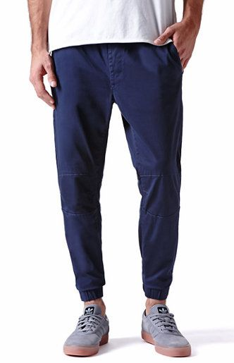 chino asian single men Smarten up your spending with our men's trousers and chinos sale here at blue inc look mens chinos sale industrialize mens navy blue 5 pocket slim chino.