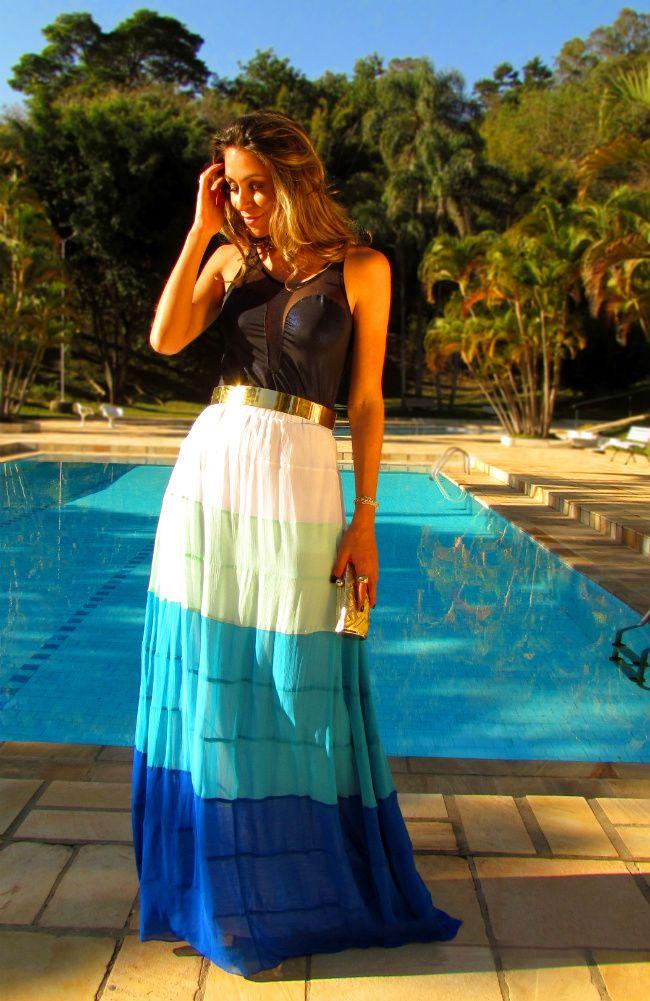 Linda essa saia longa em tons de azul