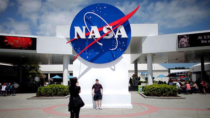 FOX NEWS: Paul Weitz commander of first flight of space shuttle Challenger dies
