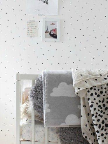 Mia Wallpaper, Black Dots, Sandberg, Bimbily