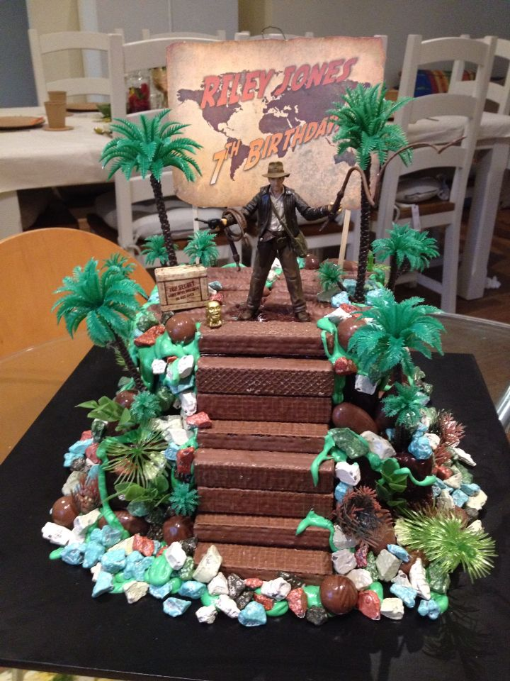 25 Best Ideas About Indiana Jones Cake On Pinterest