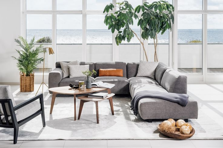 Smilla Coffee Table and Side Table