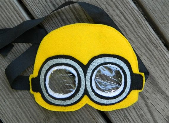 Hey, I found this really awesome Etsy listing at http://www.etsy.com/listing/157614831/minion-felt-mask
