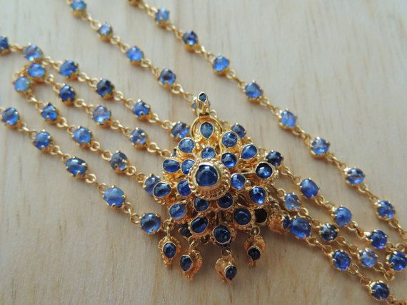 Vintage Handmade Blue Sapphire Necklace. 95 pieces of Nature Blue Sapphires set…
