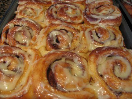 Homemade Cinnamon Rolls-plan to make them this week!Cinnamon Roll Recipes, Eggs, Cups, Butter, Vanilla Extract, Breads Machine, Food Processor, Cinnamon Rolls Recipe, The Breads