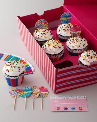 Valentine's Cupcake Kit $12 - cute for Valentine's Day     Idea de cajita