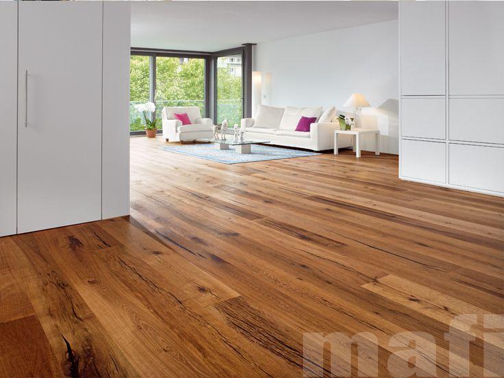 Tiger Oak Living room